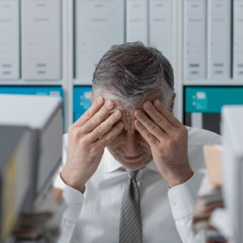 How to Reduce Stress and Absenteeism in the Financial Services Sector